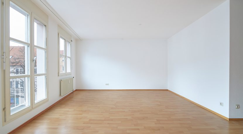 84-0033-Wohnzimmer