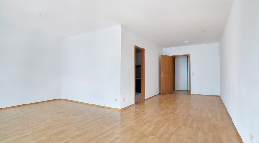 84-0033-Wohnzimmer02